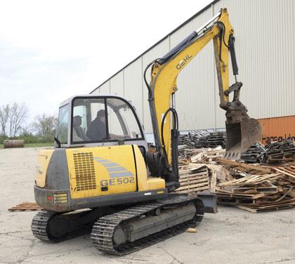 compact-excavator-2